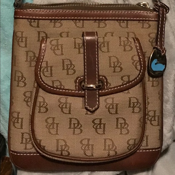 Dooney & Bourke Handbags - Dooney & Bourke Crossbody